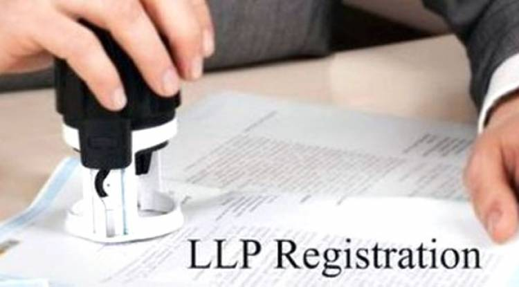 Do I have to obtain DSCs of partners other than designated partners while egistering a LLP in India?
