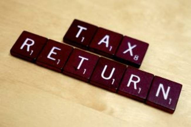 What documents are required for e-filing income tax returns in India?