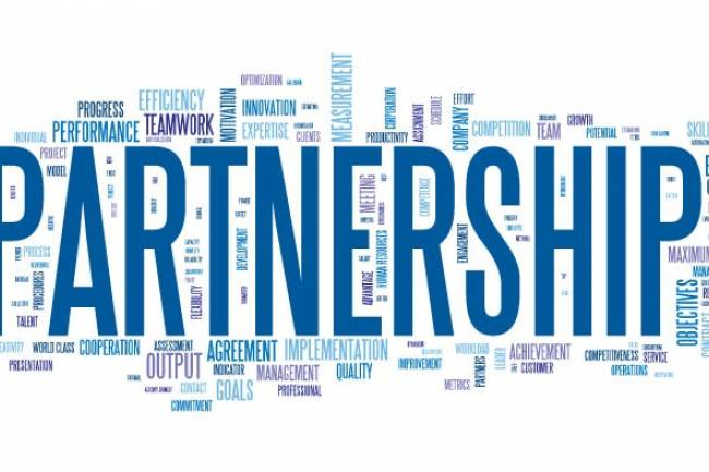 What is the normal procedure if a partner in a partnership business wants to leave?